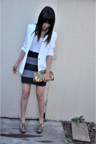 yellow clutch Moms vintage clutch purse - beige wedges Chloe shoes