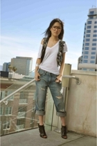 silver vest Urban Outfitters vest - black shoes Steve Madden shoes