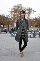 gray trench coat Gap jacket - black leggings H&M leggings