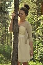 cream Bik Bok dress