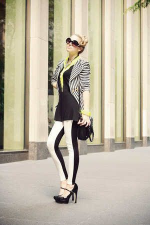 white H&amp;M leggings - black necessary clothing blazer - black BCBG bag