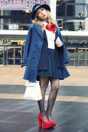 red H&amp;M accessories - navy Sinequanone coat - navy H&amp;M blazer - white Aldo bag