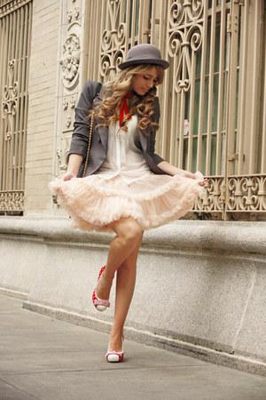 cream American Apparel skirt - heather gray H&M hat