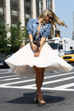 eggshell H&amp;M skirt - blue tezenis shirt - bronze Blumarine shirt
