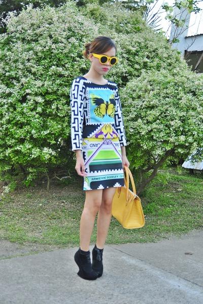 yellow retro foymall sunglasses - black bodycon OMG Fashion dress