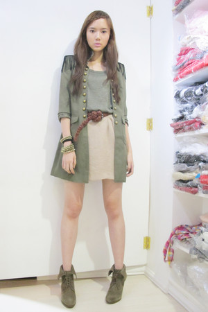 The Ramp coat - Forever 21 top - Forever 21 skirt - Zara belt - Zara shoes