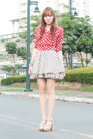 polka dot Shop Vintage Findss blouse - Five By Five shoes - She Inside dress
