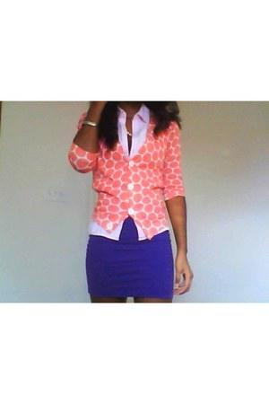 salmon cotton JCrew sweater - light pink cotton liz claiborne blouse