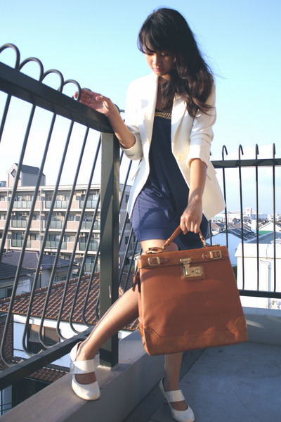 white shoes - blue sohautecc dress - beige vintage blazer - brown fashopscom bag