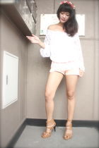 red accessories - white Shoponblogcom top - pink Mossimo shorts - beige Possibil