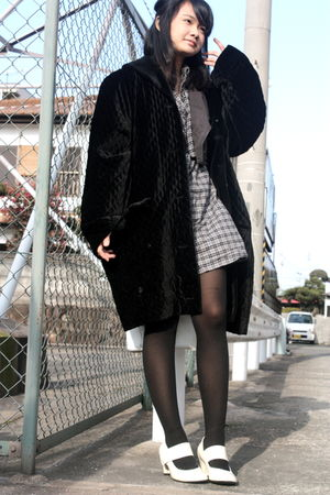 black coat - gray Uniqlo dress - gray vest - black tights - white shoes