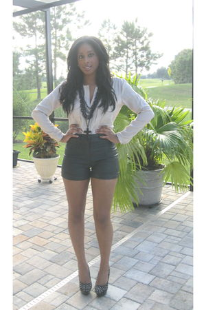 beige Zara blouse - black f21 shorts - black michael antonio shoes