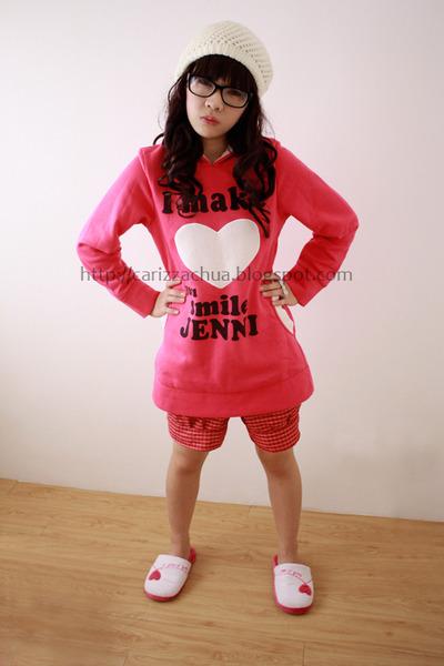 hot pink Sparkle Shop sweater - white Sparkle Shop hat - white SM Dept Stores fl