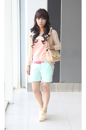 peach blouse - light blue shorts - bubble gum belt