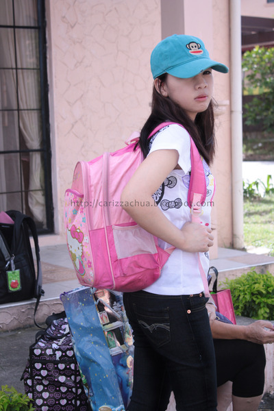 bubble gum hello kitty backpack Greenhills bag · white hello kitty shirt
