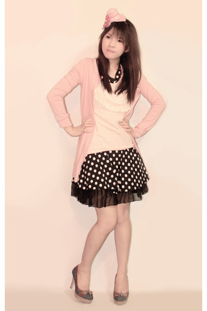 pink Sparkle Shop blazer - light pink genevieve gozum blouse - black Sparkle Sho
