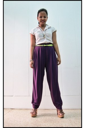 dark brown Syrup shoes - white button down vintage top - purple genie Studio pan