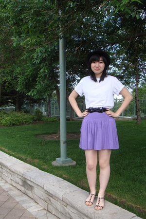 Hanes t-shirt - Talula skirt - H&M belt - Urban Outfitters hat - Classified shoe
