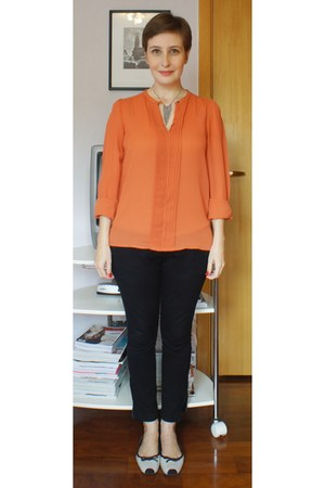 eggshell lupo top - silver Express necklace - carrot orange Zara blouse