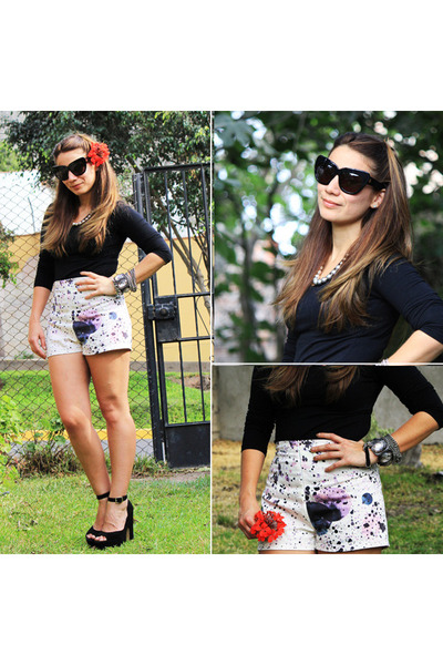 Coco Jolie shorts - chelsea house of harlow sunglasses