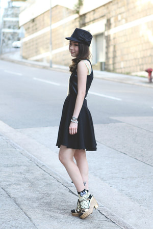 Polka dots socks socks - LEATHER DRESS dress - BLACK BOW HAT hat