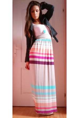 maxi skirt DIY skirt - denim jacket Silvian Royale Heach jacket - cotton H&M top
