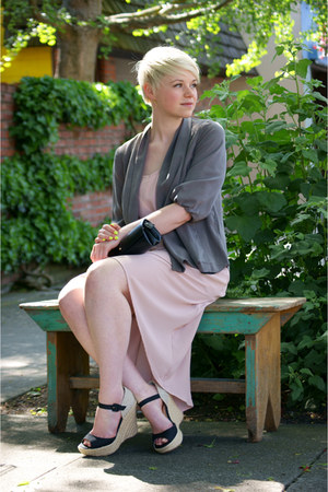 neutral hi-lo Bliss dress - heather gray draped H&M jacket
