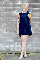 gold floral Romwomen blouse - navy vintage dress