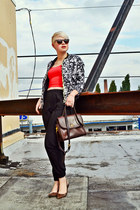 red cropped H&M top - black floral OASAP jacket - dark brown coach purse