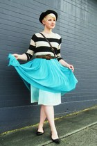 turquoise blue vintage dress - black wool beret hat - beige H&M sweater