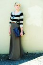 Light-brown-forever21-skirt-black-h-m-sweater