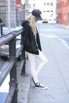 black canvas Converse shoes - navy Yankees Hat hat - black cotton Aritzia jacket