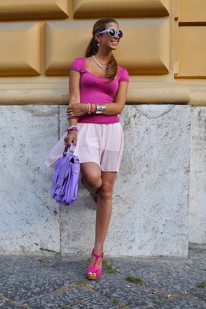 bubble gum shirt - periwinkle CattiCatty bag - light purple CattiCatty bag