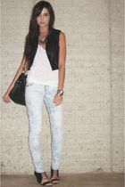 H&M vest - forever 21 top - forever 21 jeans - Target purse - Aldo shoes - forev