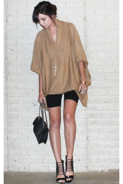 beige poncho H&M sweater - black wedge Aldo shoes