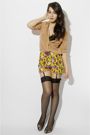 yellow Forever 21 shorts - nude joe fresh style blouse