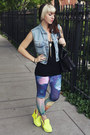 Navy-printed-urban-outfitters-leggings-black-leather-aldo-bag
