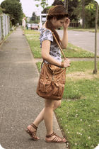 gray Wetseal dress - brown Bamboo shoes - brown Forever21 purse