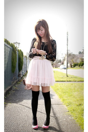 light pink Forever 21 skirt