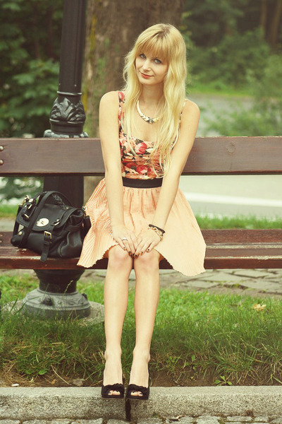 carrot orange pull&bear skirt