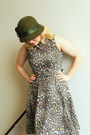 Tan-leopard-print-zara-dress-olive-green-cloche-vintage-hat
