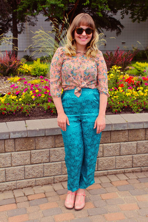 bubble gum floral vintage blouse - sky blue tapestry silk vintage pants