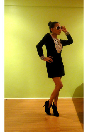 from bangkok dress - Forever 21 shoes - sunglasses