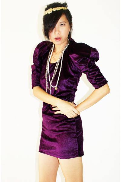 vintage vera wang dresses. Uniiko Boutique Dress - Vintage Necklace - Vera Wang#39;s Rock Princess - Cherrymagazine#39;s Blog - Eclectic, Bachelorette Party In The