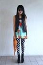 Black-topshop-leggings-light-orange-thrifted-vintage-bag
