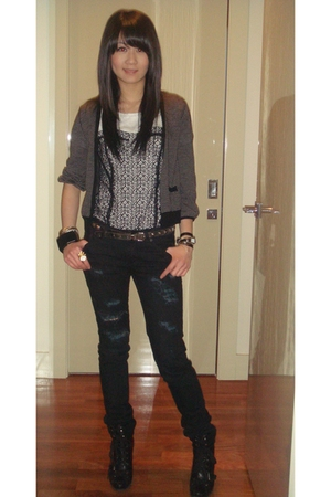 Insight jeans - evil twin top - Nine West shoes - la mer accessories - YSL acces