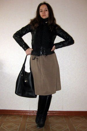 black Mango jacket - beige Sinequanone dress - black Lusiano Carvari purse - bla