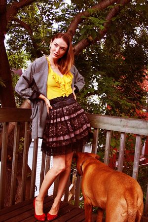 yellow LAMB shirt - red sam edelman shoes - black Urban Behaviour skirt
