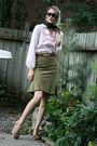 Green-danier-skirt-beige-zara-shoes-pink-vintage-top