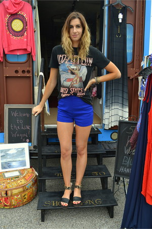 boutique ring - Zara shorts - 10 crosby derek lam sandals - boutique bracelet